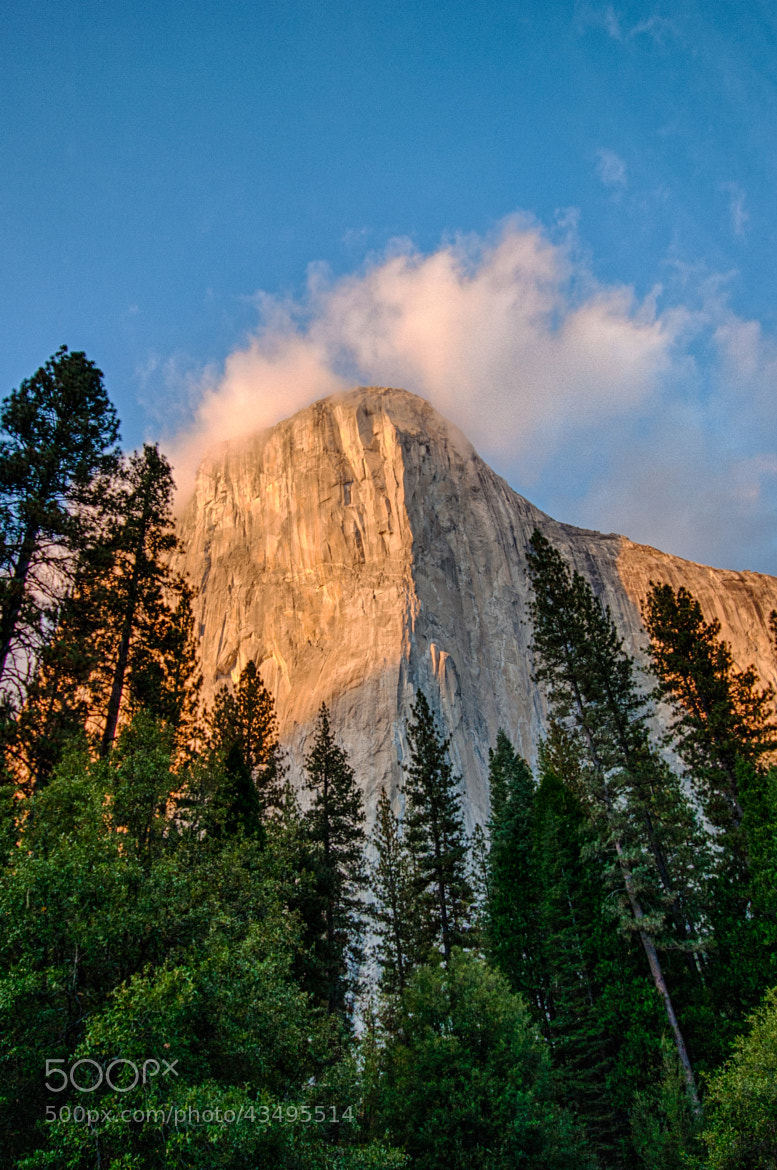 Photograph El Capitain - Yosemite by Sébastien Trudeau-Dion on 500px