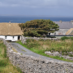 old farmhouse on aran island ireland