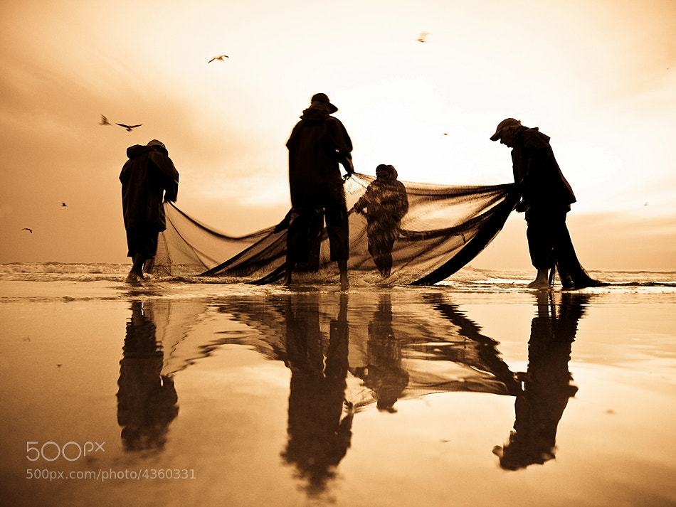 Photograph dance of hope by António Leão de Sousa on 500px