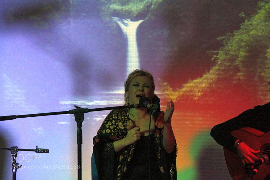 Cantante de flamenco, de boleros y de copla escepcional.