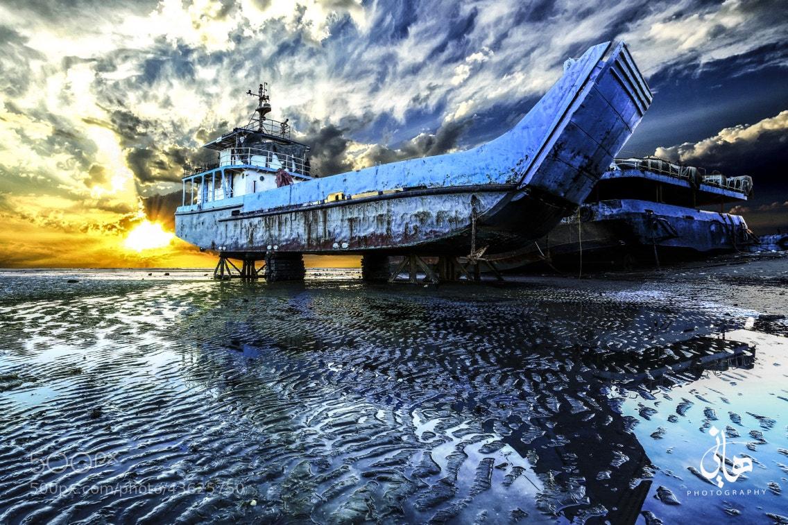 Photograph boat garage by Hani Almaraghi on 500px