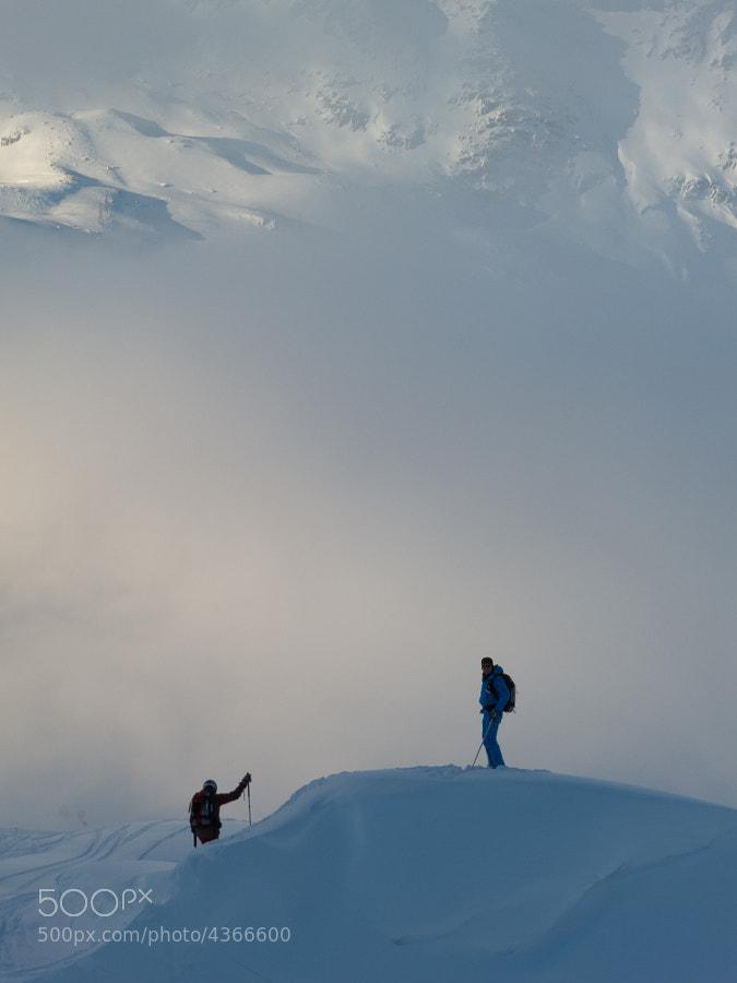Freeriding in the Swiss mountains near the Gemsstock (Andermatt).