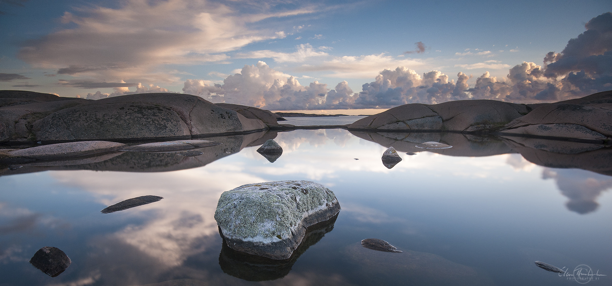 Photograph Mirror by Claes Thorberntsson on 500px