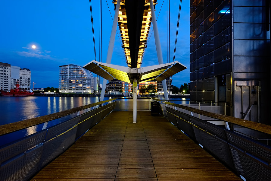 Royal Victoria Dock Footbridge