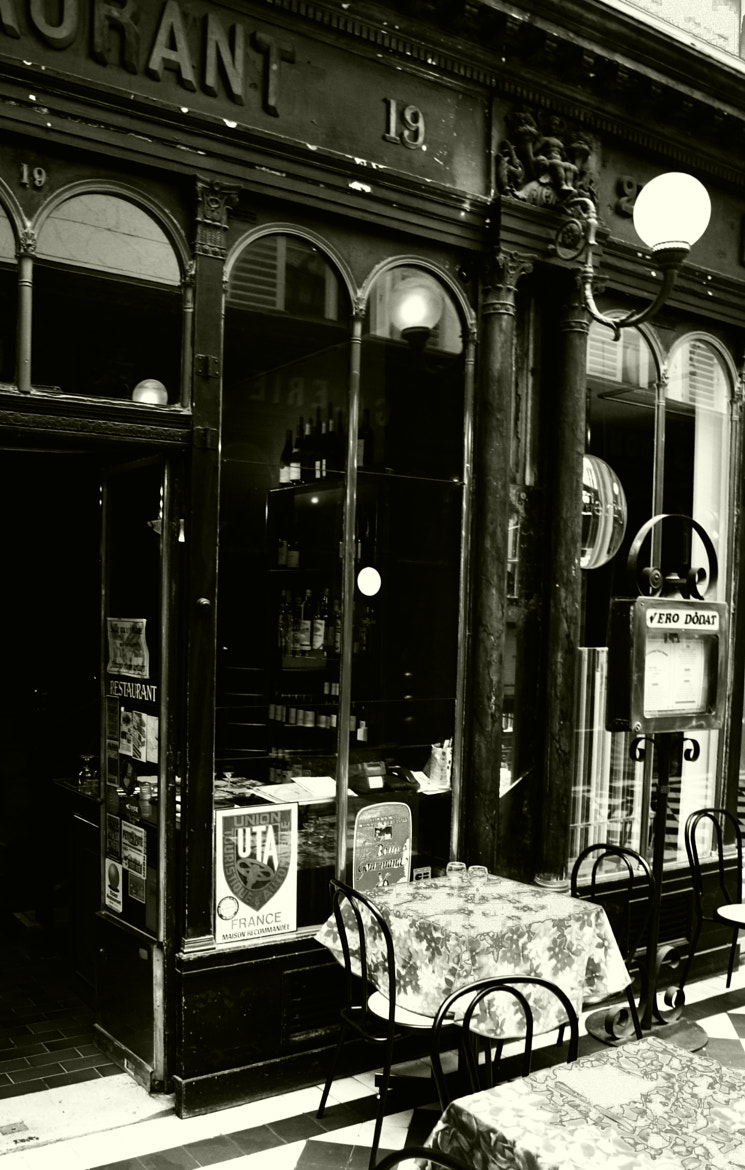 Photograph Paris cafe 1 by Leonard Rosenfield on 500px