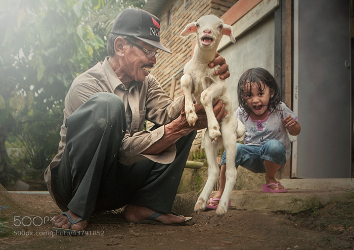Photograph me and a little sheep by Teuku Jody  Zulkarnaen on 500px