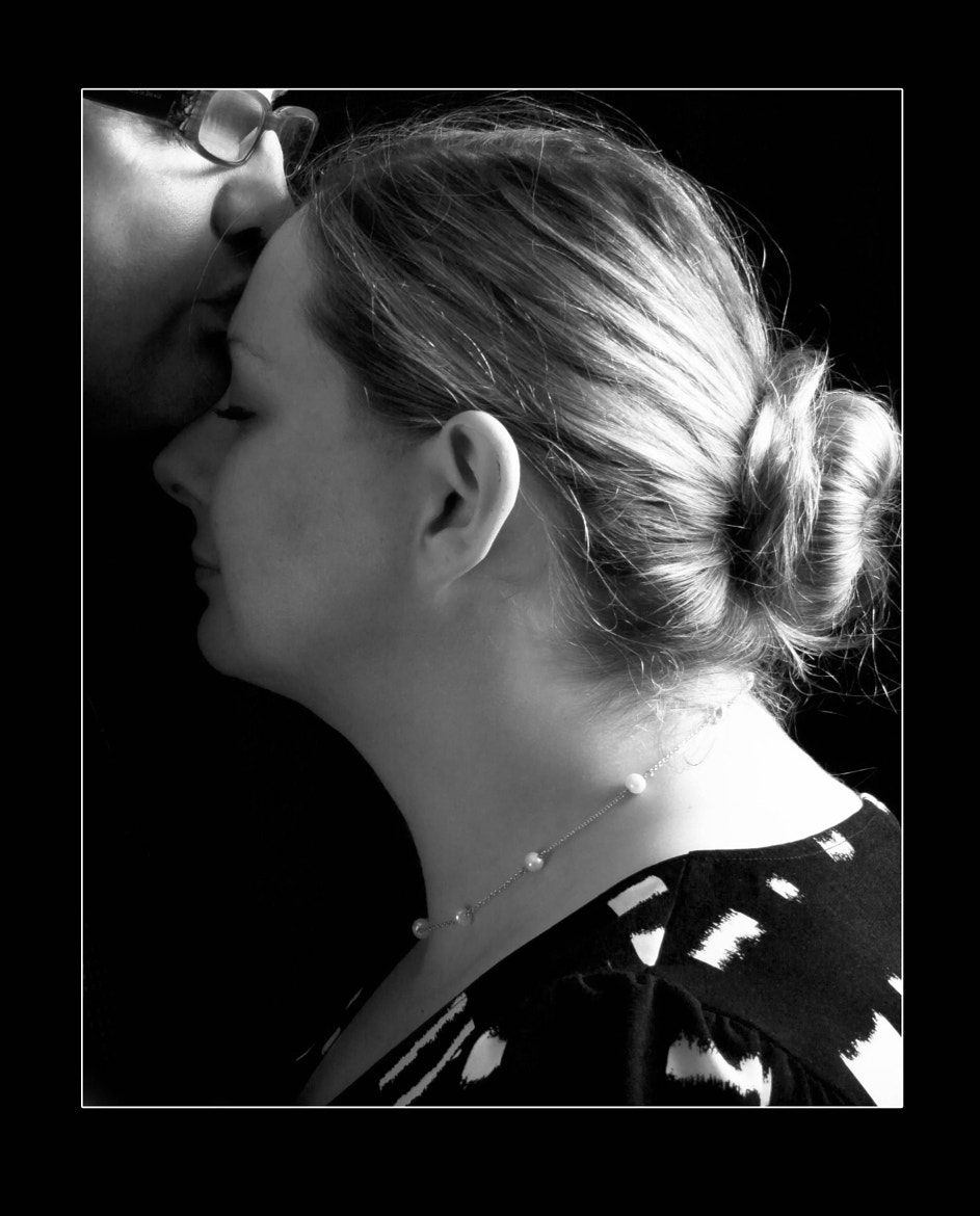 Photograph The kiss by Mark Faulkner on 500px