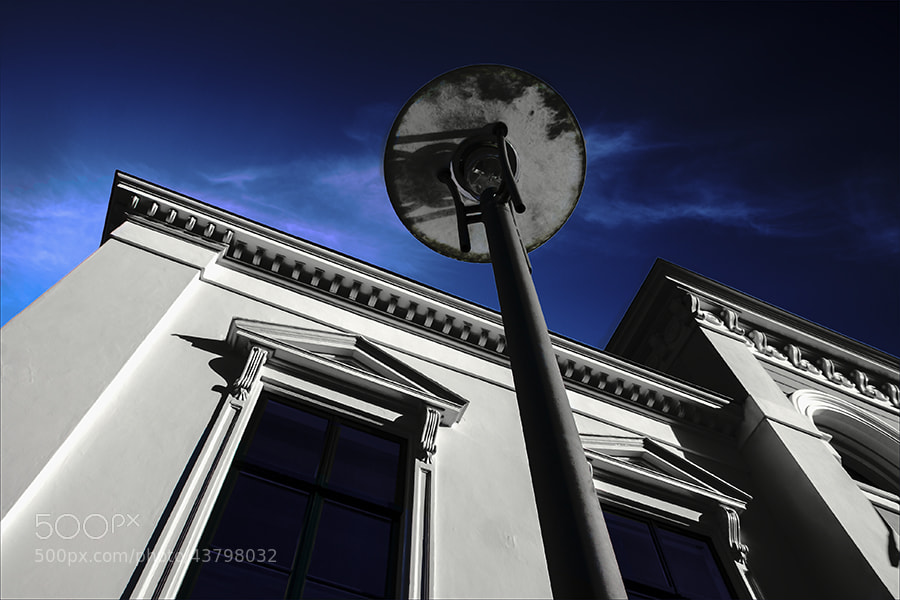 Photograph white house by Gilbert Claes on 500px