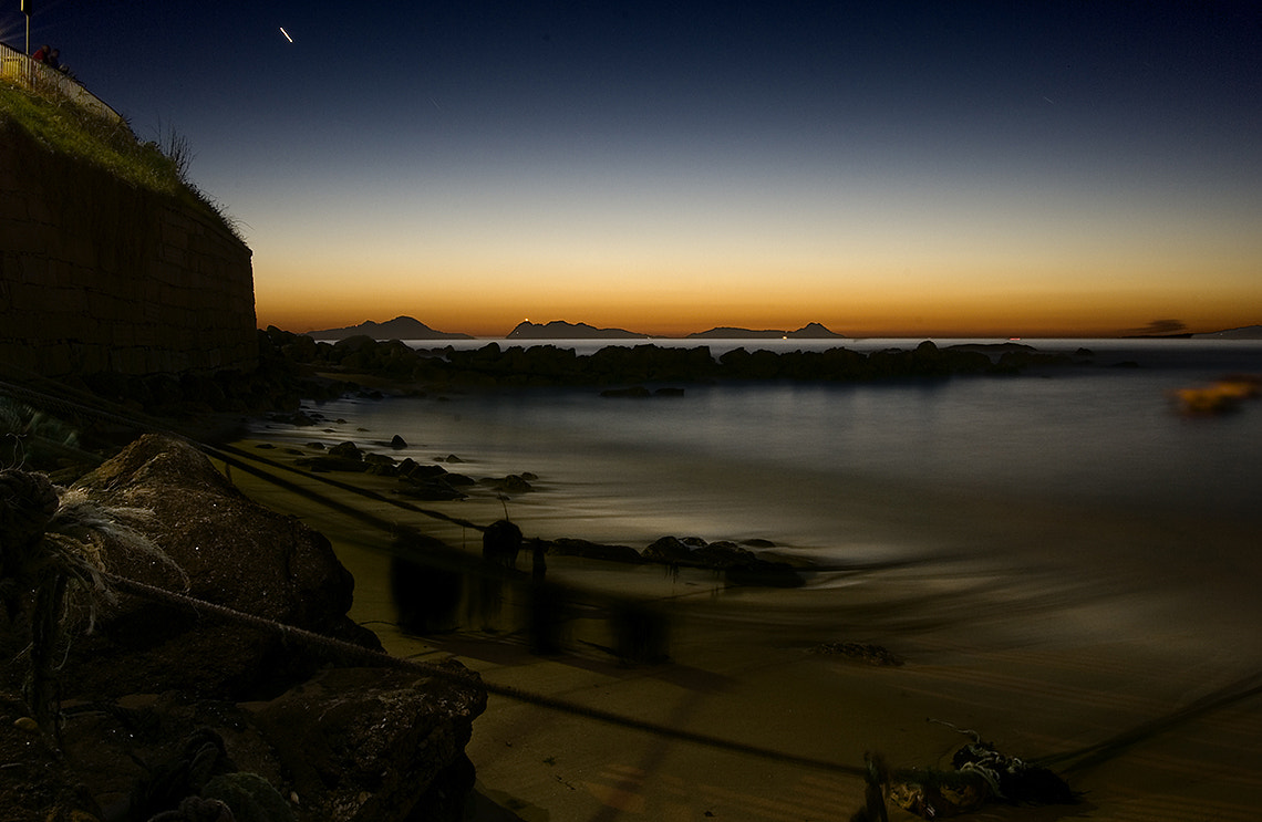 Photograph Pleamar Nocturna by Francisco Sogel on 500px
