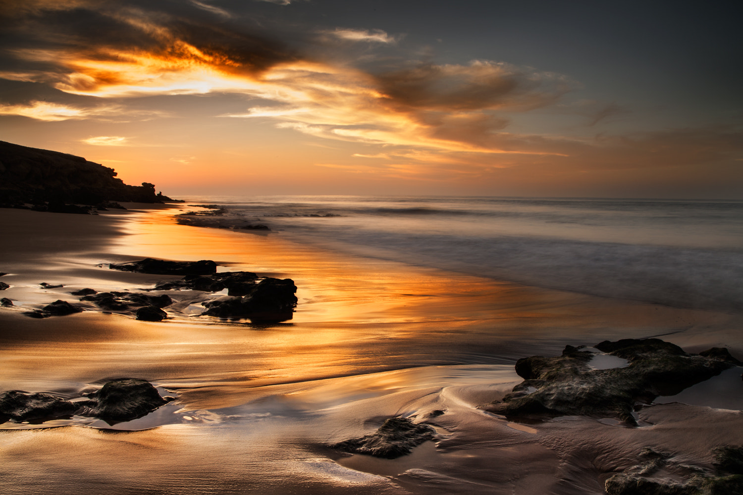 Photograph GOLDEN HOUR by André Silva Pinto on 500px