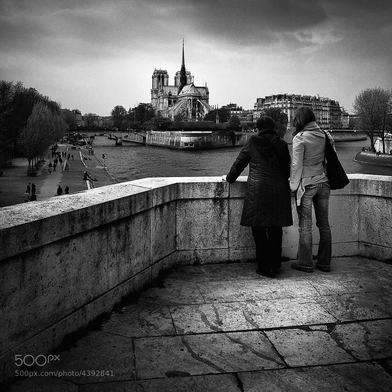 Photograph Promontoire parisien by Helder Vinagre on 500px