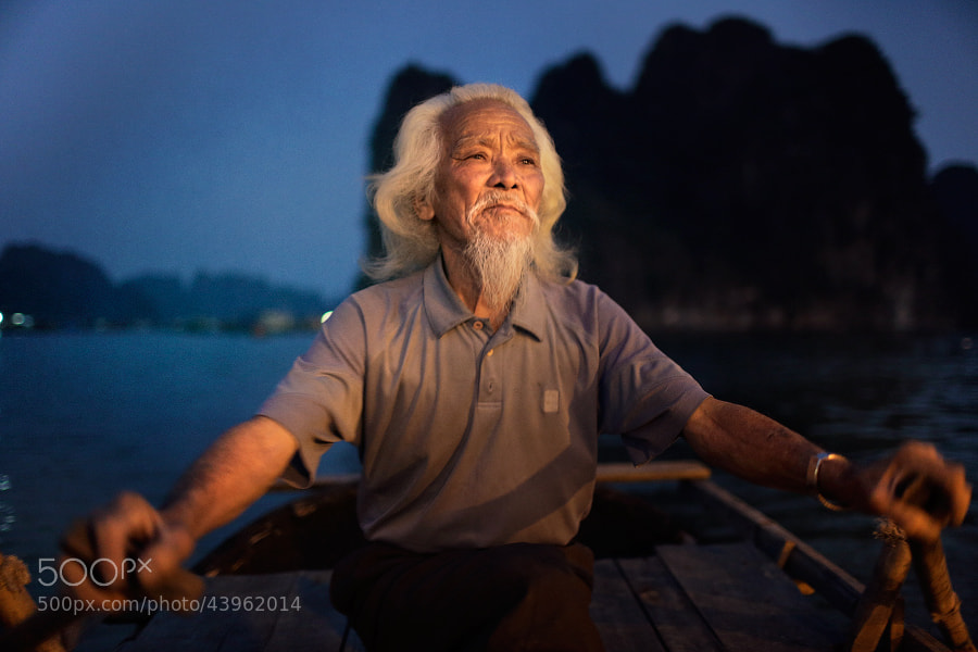 Ha Long Bay fisherman by Mark Podrabinek on 500px.com