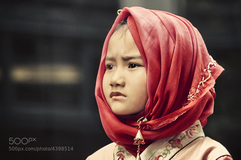 Photograph MUSLIM GIRL by glenn batkin on 500px