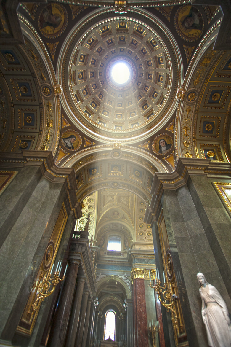 Photograph St Stephen's Basilica - Budapest by sk teh on 500px