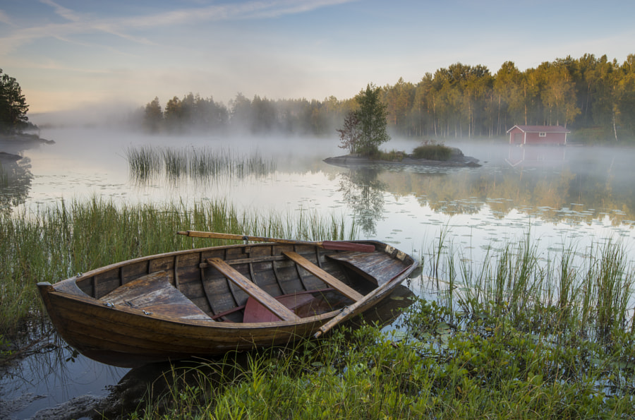 Photograph Morning mist at the lake by Robin Eriksson on 500px