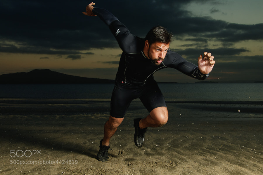 Photograph Manu Bennett - Beach Sprint by XAVIER WALLACH on 500px