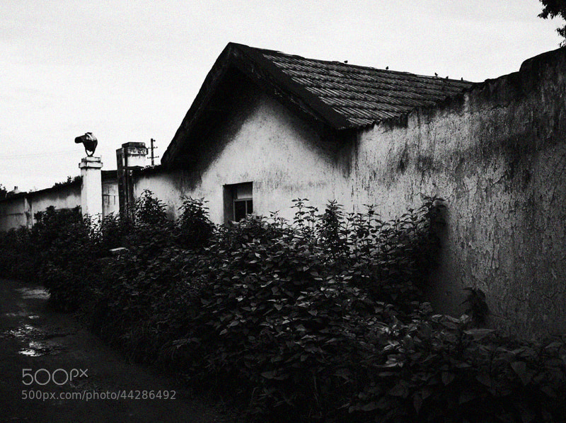 Photograph Dilapidated Building by Zhu RenYan on 500px