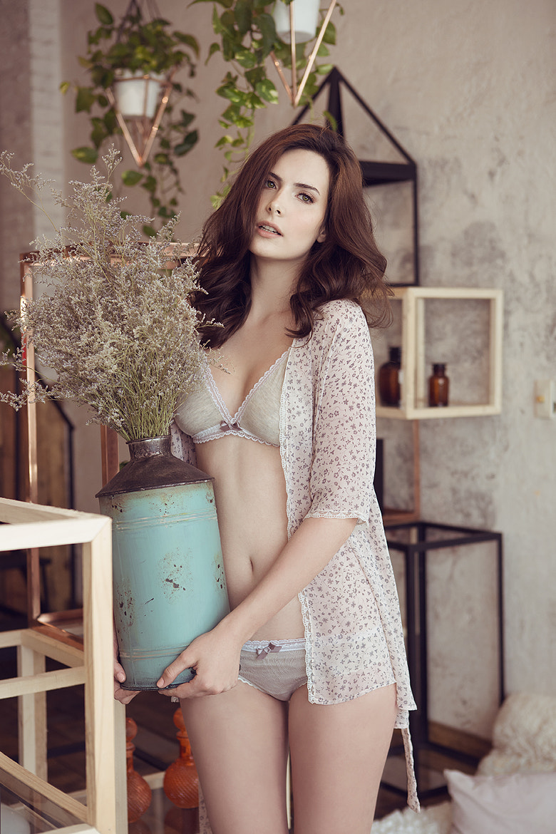 Photograph Stela Tangassi Lingerie by Jesy  Almaguer on 500px