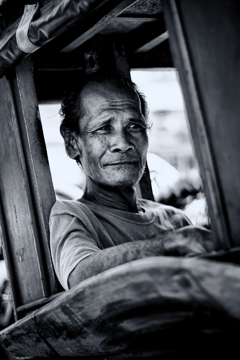 Photograph Kalesa Driver by Rad Deverala on 500px