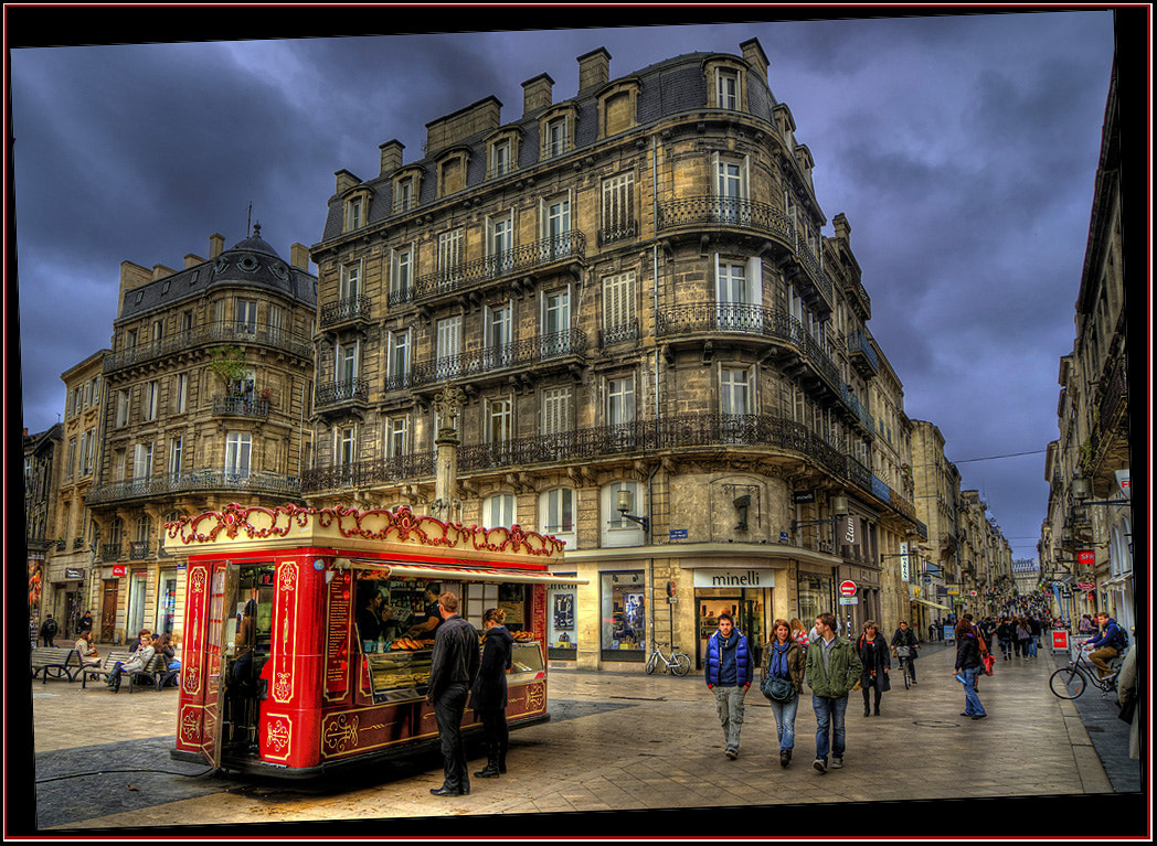 Photograph Red Buffet, Bordeaux by dogukan canakkale on 500px