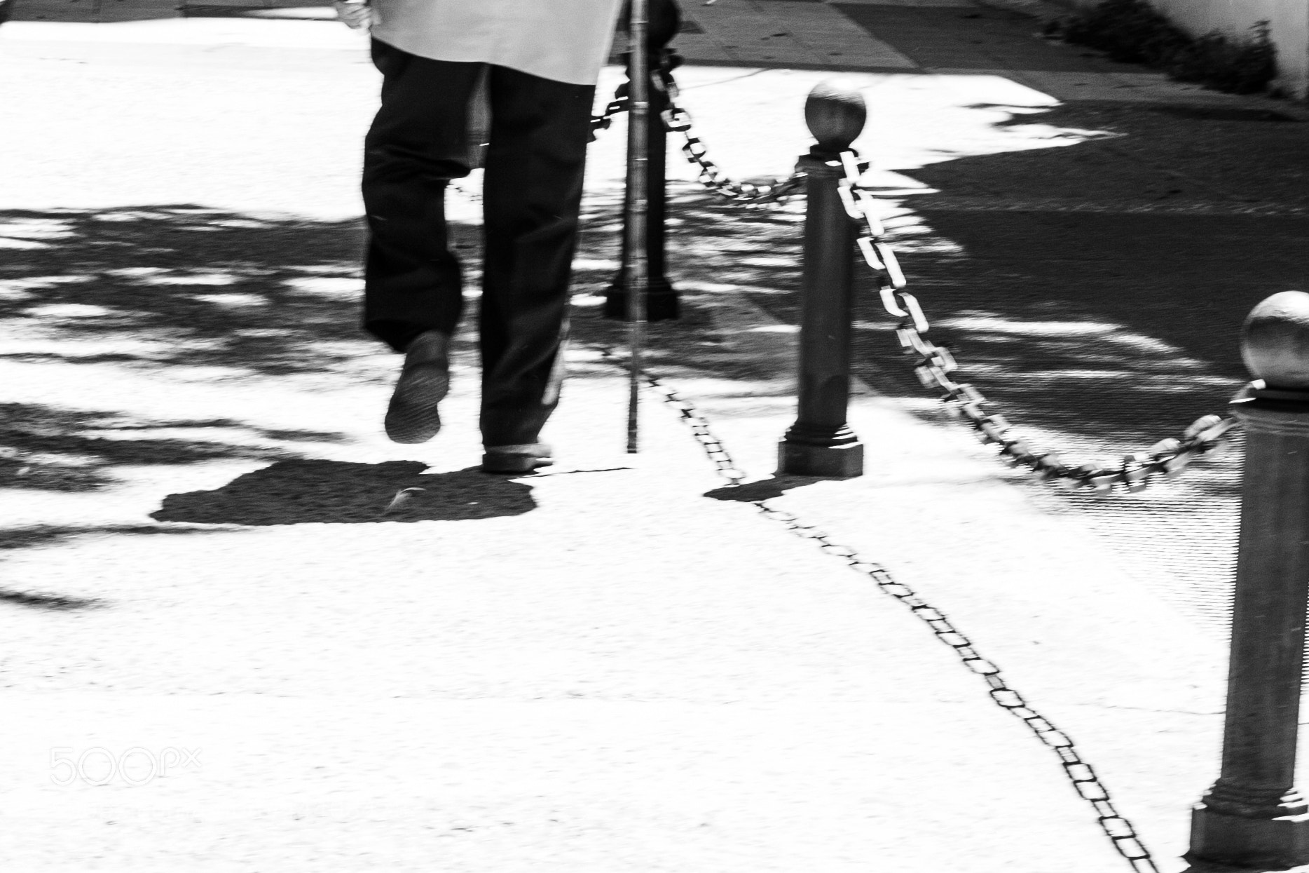 Photograph walking to the end by Rebeca Moncho on 500px