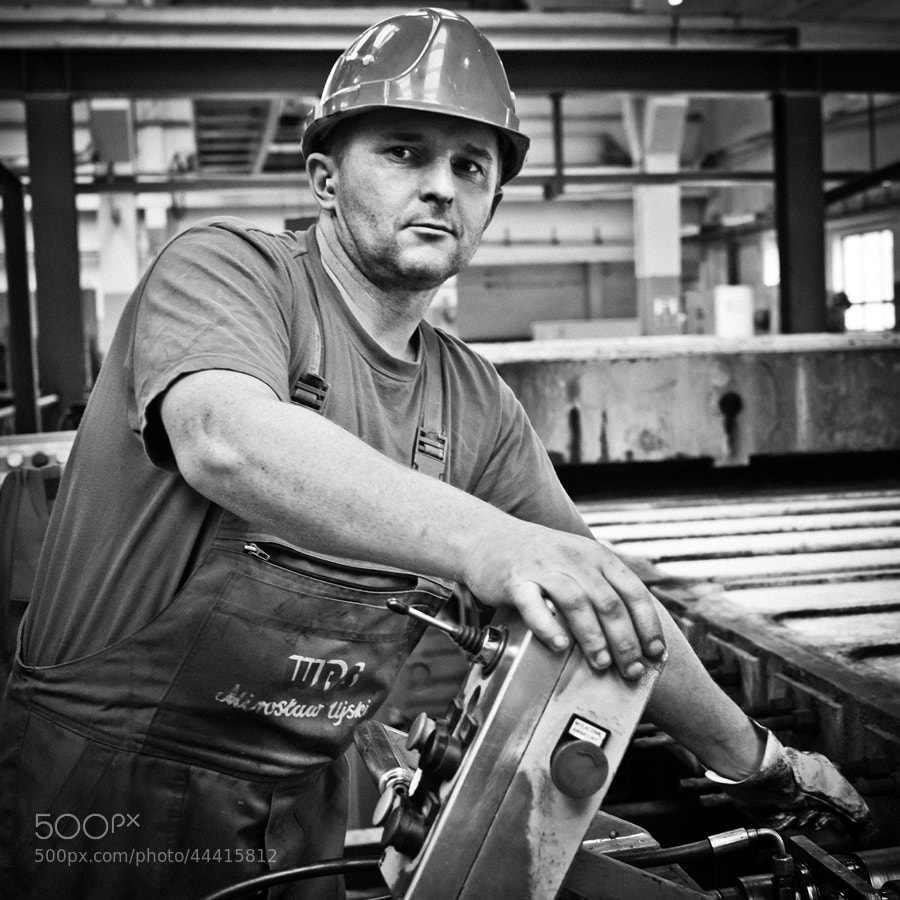Photograph mechanic of motherboard by Artur Stefanowski on 500px