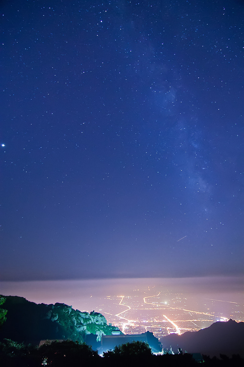 Photograph Stars in Mount Tai by Song Hongxiao on 500px