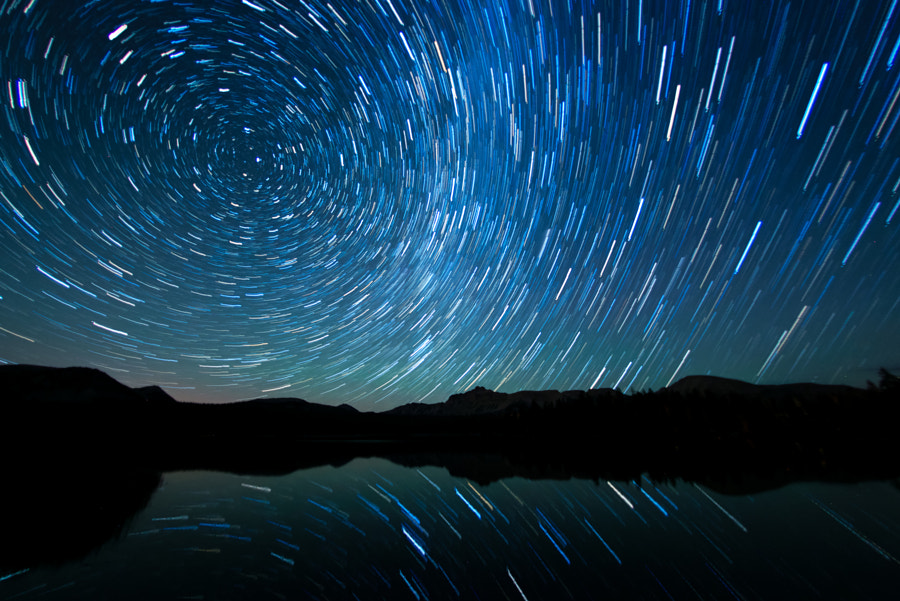 Watching the Stars Go Around by Scott Barlow on 500px.com