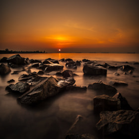 A warm tone for Sunrise capture in Singapore on 19/01/2012