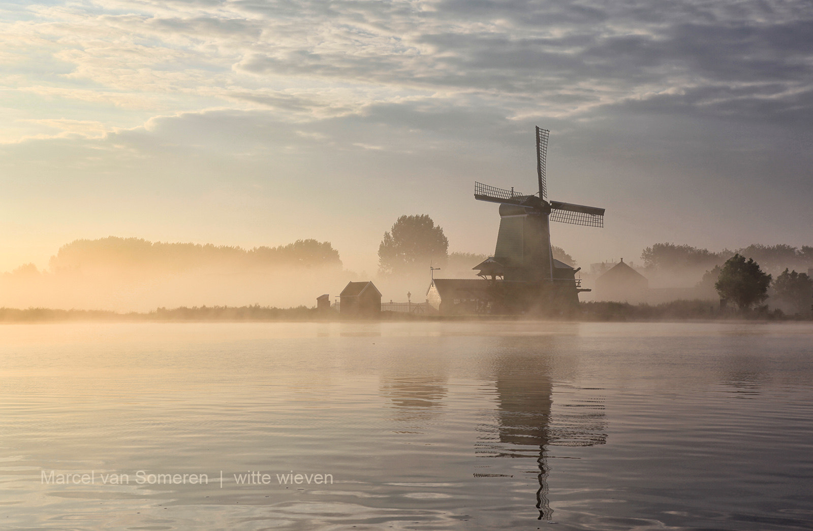 Photograph witte wieven by Marcel van Someren on 500px