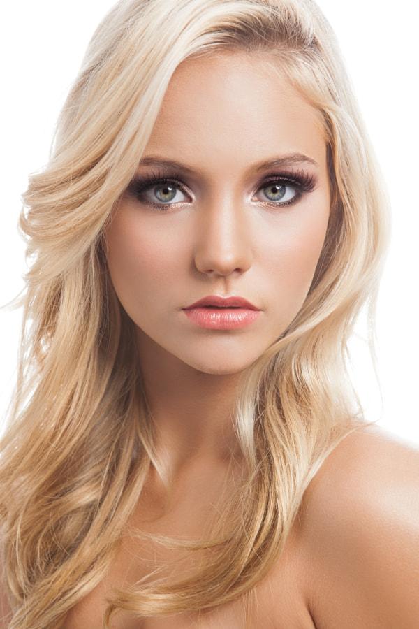 Rachel Beauty 1