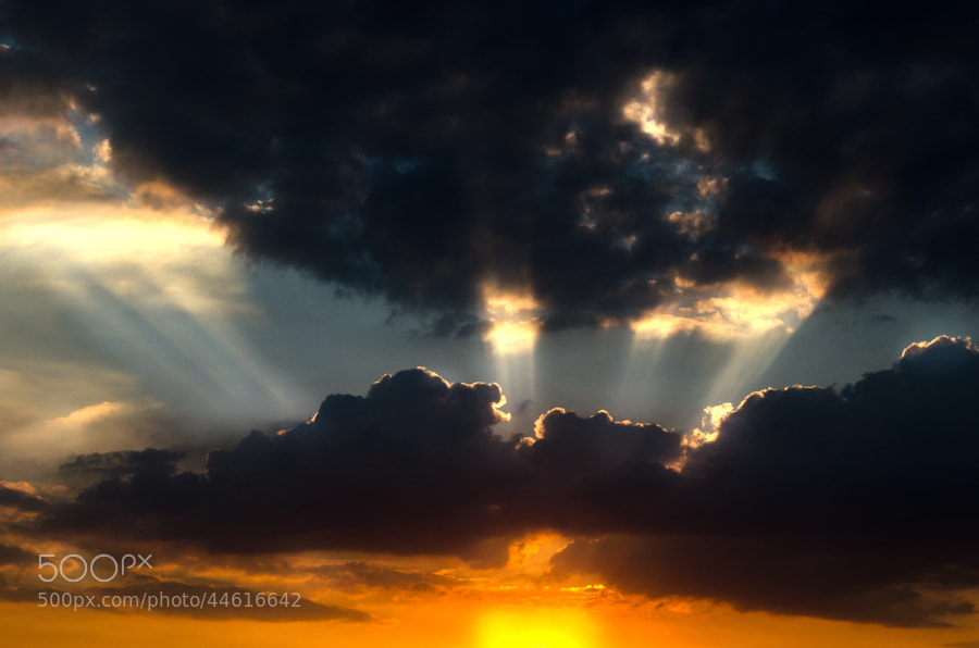 Photograph between heaven and hell by Gunter Werner on 500px