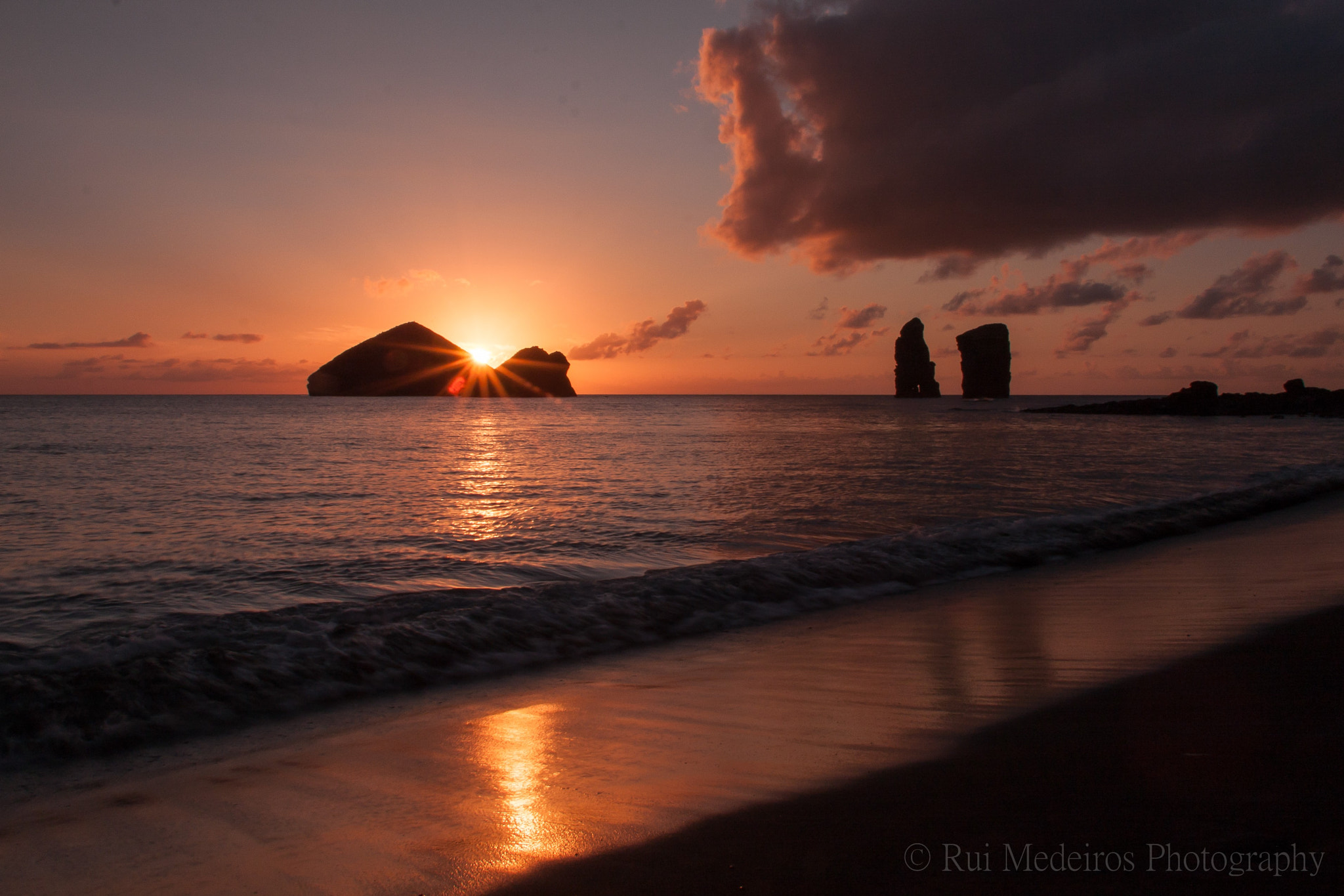 Photograph MAGIC HOUR by rui medeiros on 500px