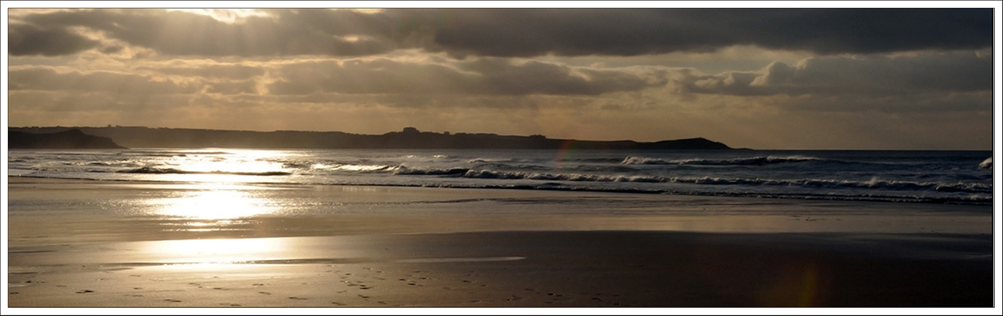Photograph Watergate Bay, Cornwall by Ian Cocklin on 500px