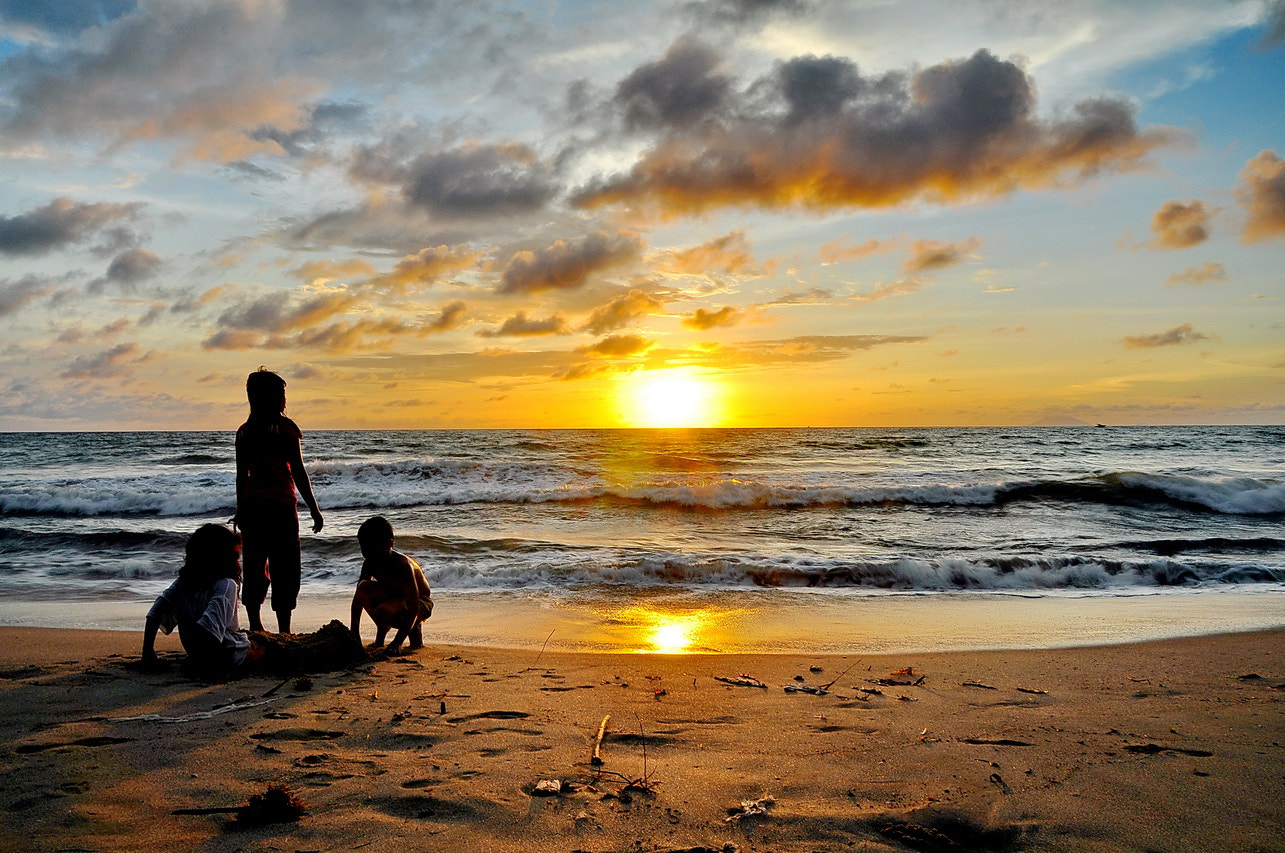Photograph waiting for sunset by Mia Besari on 500px