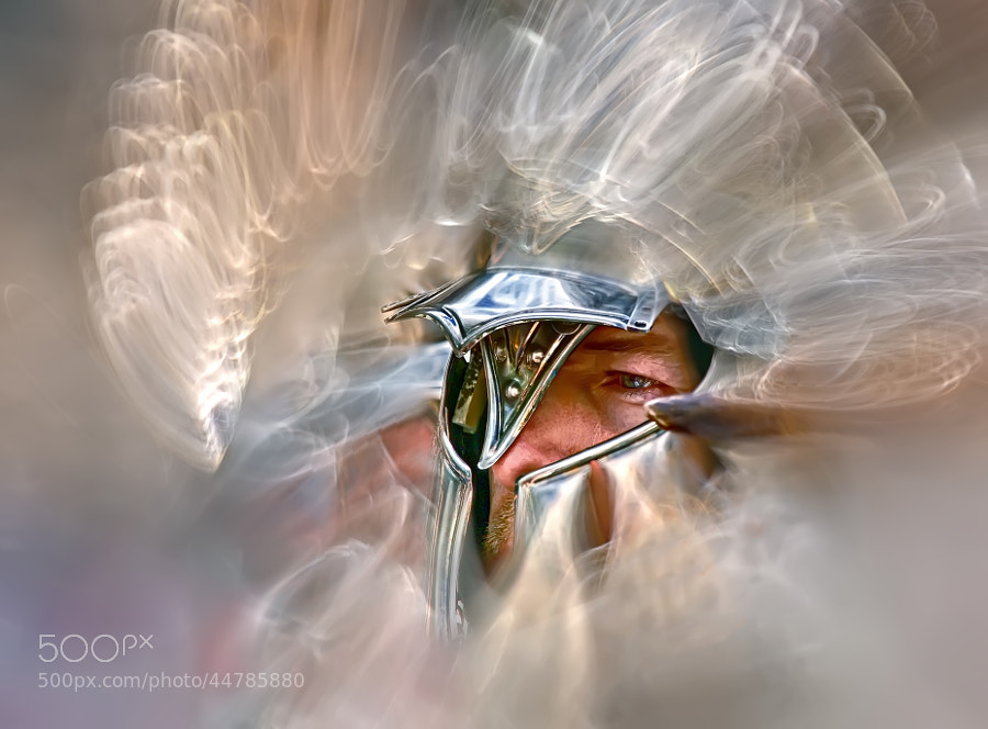 "<a href=""http://www.radio-evolucionestelar.zz.mu/mp3/warrior of light.mp3"">Guerrer de la Llum</a>"