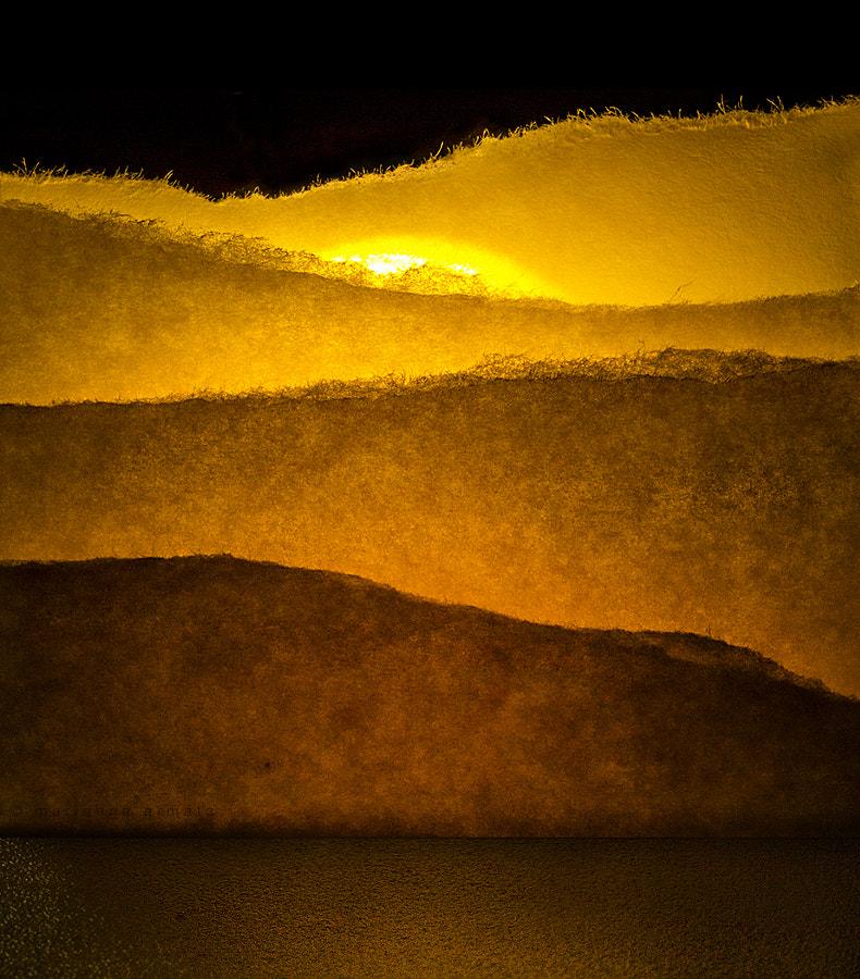 Paper sun(rise)