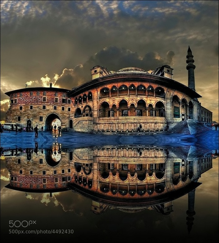 Photograph Yeni Cami  by Levent Yersal on 500px