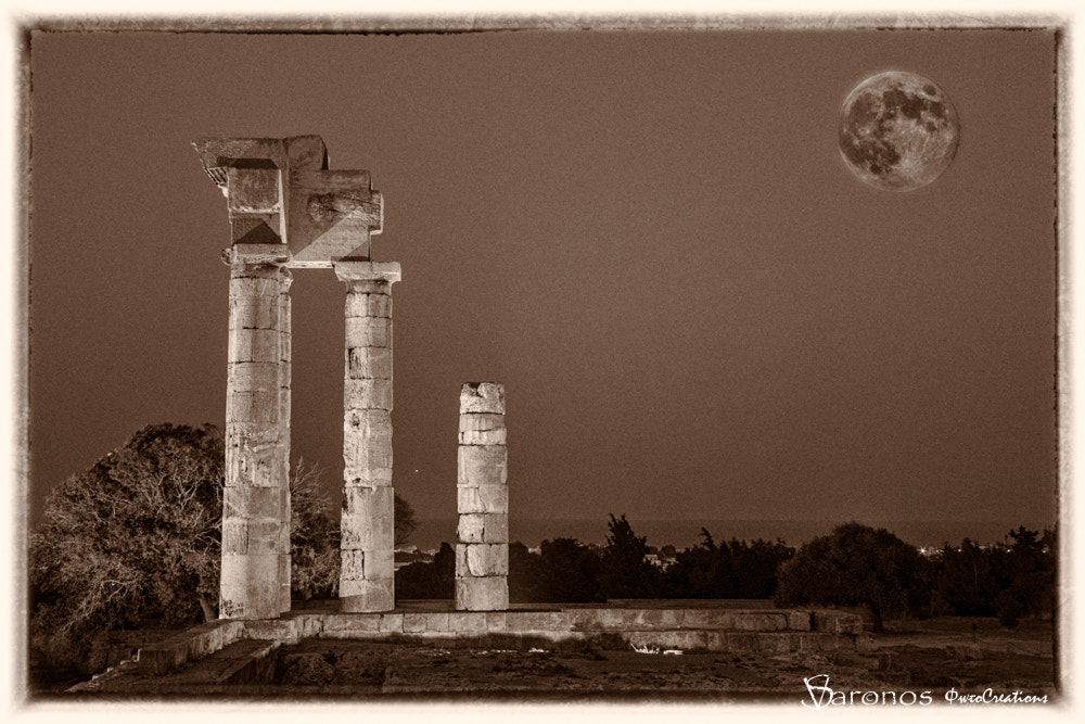 Photograph August full moon by Stavros Varonos on 500px