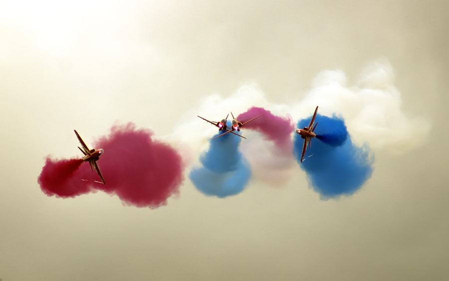 Red Arrows by Richard Wood on 500px.com