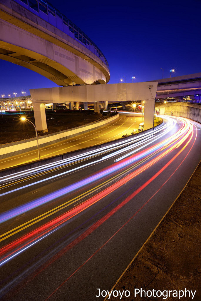 Photograph Light trails by Yong-Cyuan Chen on 500px