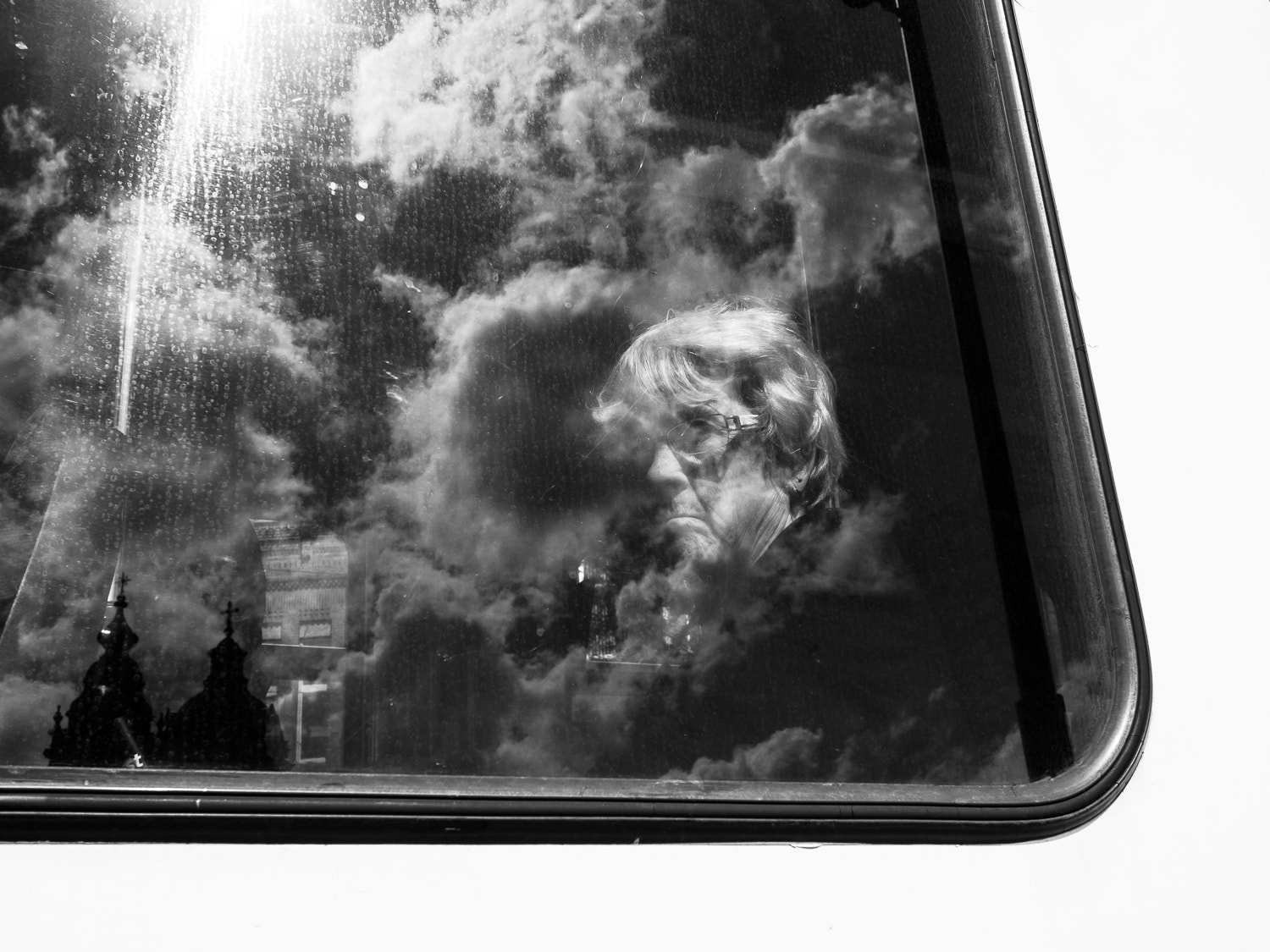 Photograph with my head in the clouds by Fokko Muller on 500px