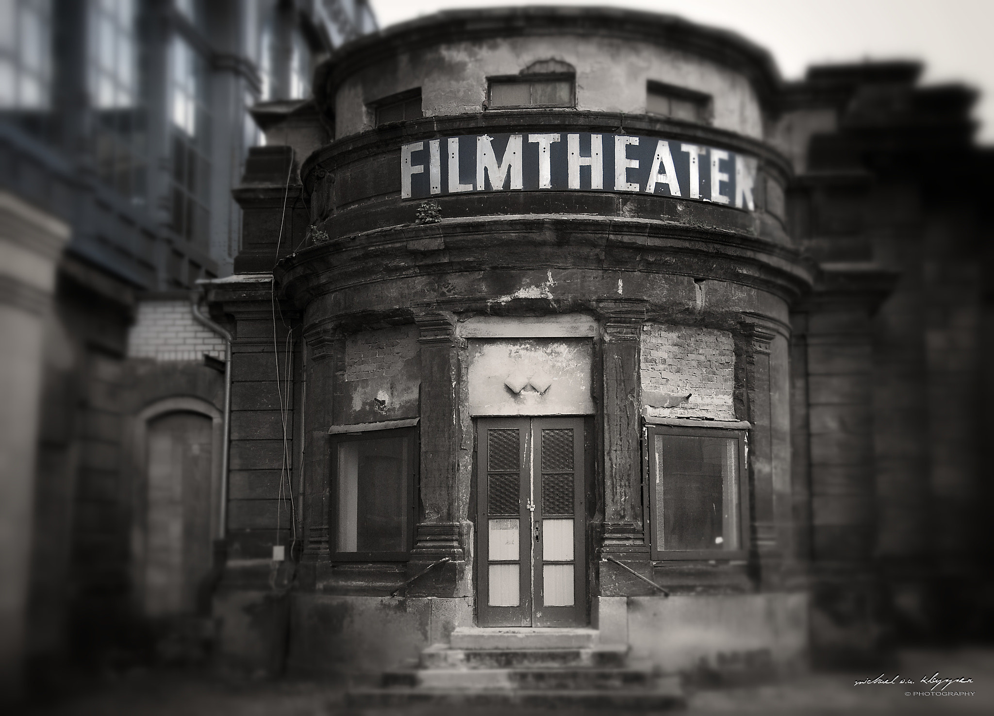 Photograph cinema by Michael O.A.  Klapper on 500px