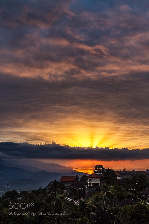 Photograph Ray to night by Bastien HAJDUK on 500px