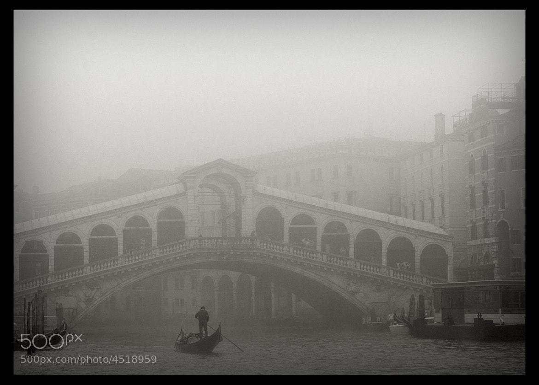 Photograph Venecia fog #5 by Joan Prat on 500px