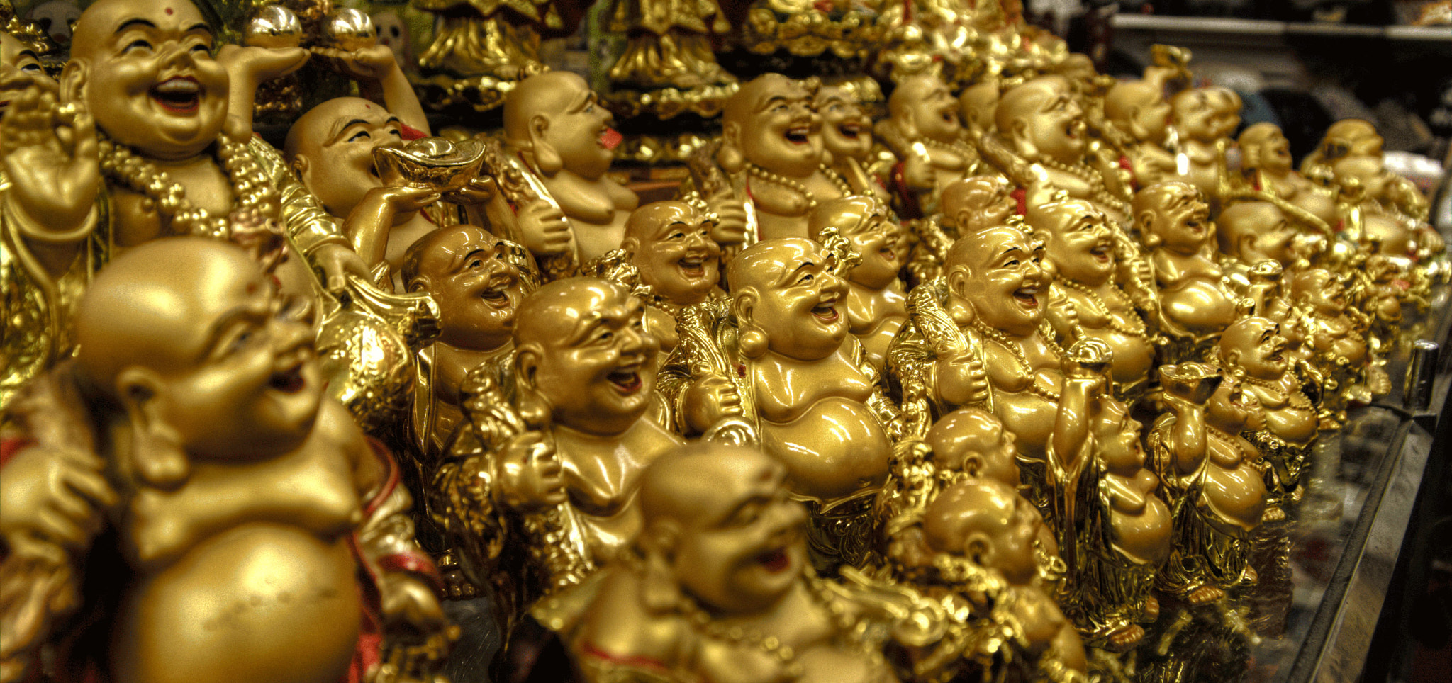 Photograph The store of a thousand Buddha's by Jon Weiland on 500px