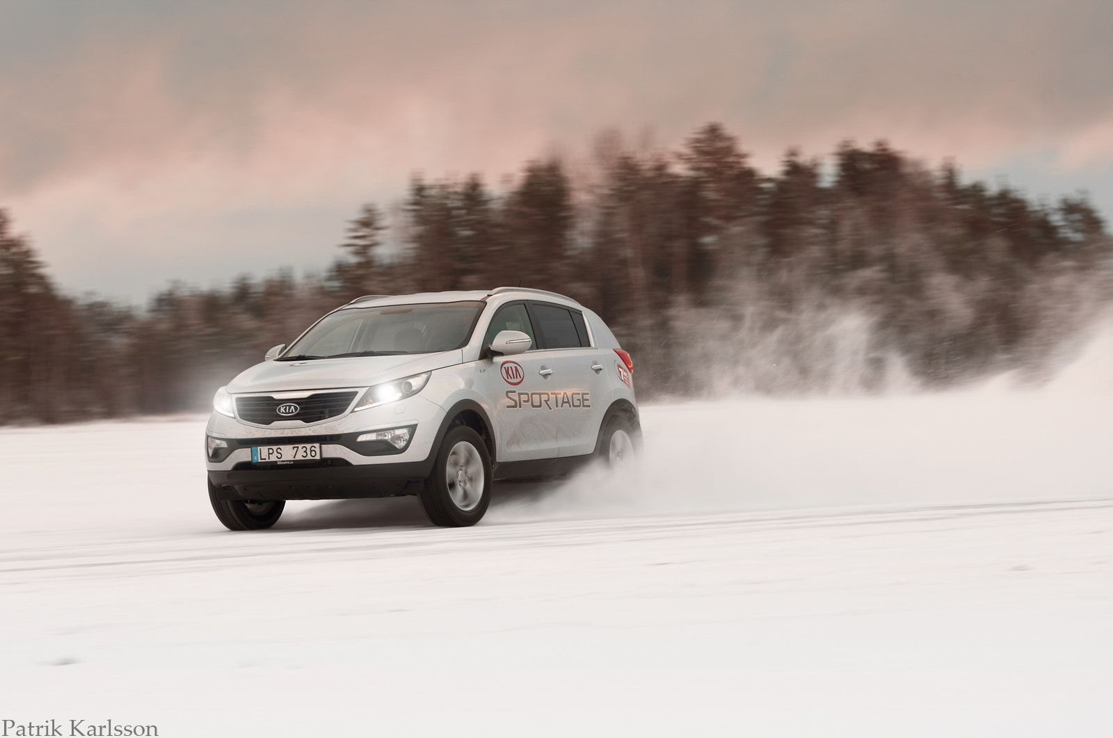 Photograph Kia Sportage on the run.... by Patrik  Karlsson on 500px