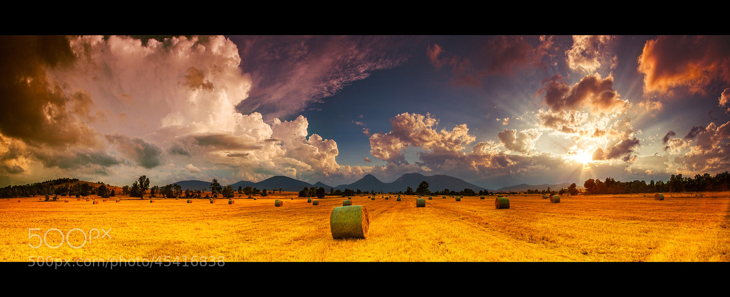 Photograph ...panorama of ondic... by roblfc1892 roberto pavic  on 500px