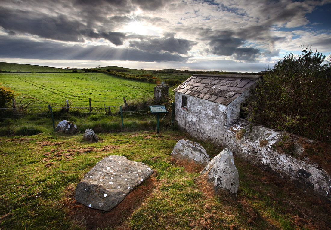 Photograph Millin Bay - Burial Chamber by Stephen Emerson on 500px
