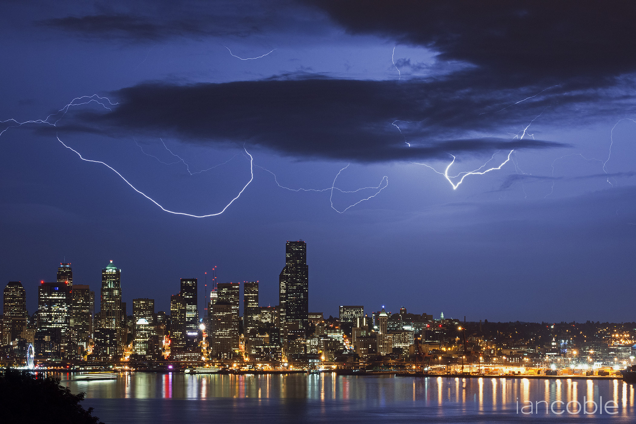 Photograph Lightning above Seattle by Ian Coble on 500px